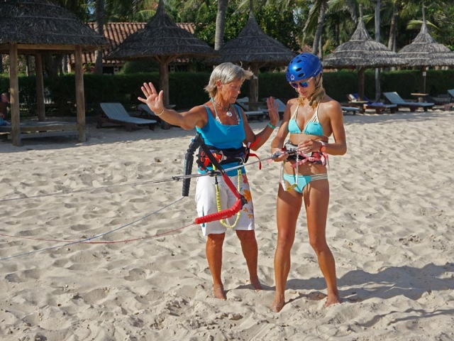 Safety systems LEI kite kiteboarding lessons