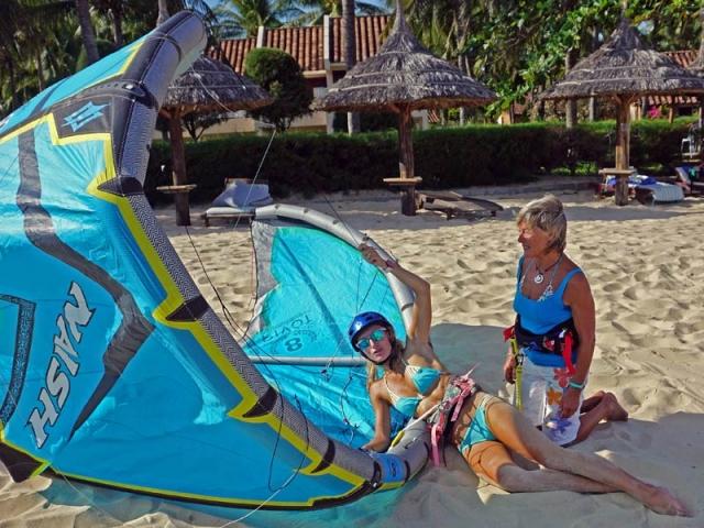 self rescue LEI kiteboarding lessons