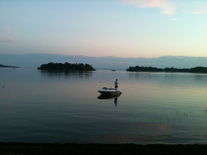 sup tour around lake champlain mosquito island sunset kite n paddle
